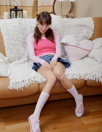 Hot teen cooter creampied